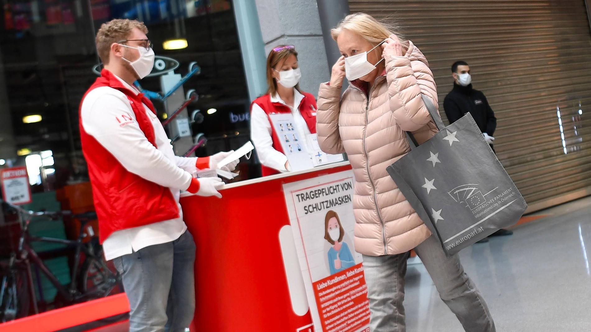 Corona in Österreich: Einkaufen nur mit Mund-Nasen-Schutz