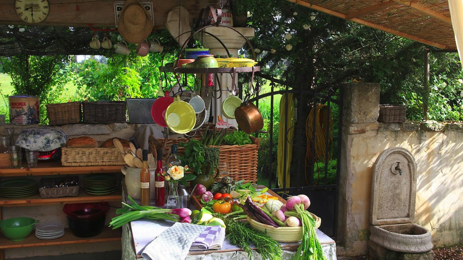 Outdoorküche Holz Quad : Outdoor küchen: koch komm raus!