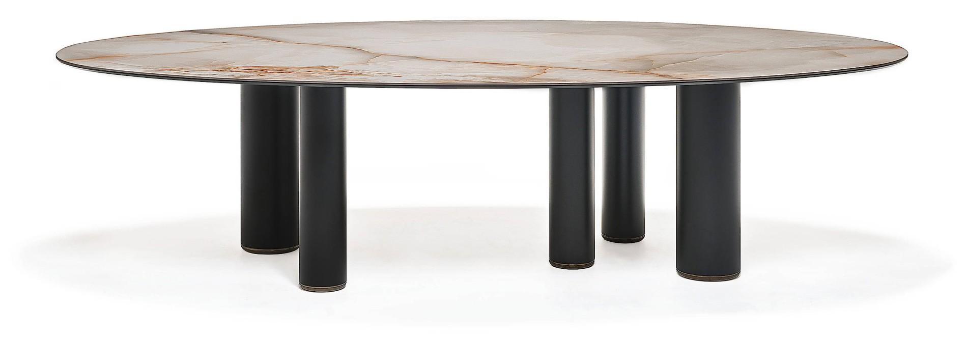 ROLL Kann Auf Drei, Vier Oder Fünf Unterschiedlich Dicken Metallbeinen  Stehen, Je Nach Größe Der Tischplatte. Der Entwurf Stammt Von Paolo  Cattelan, ...