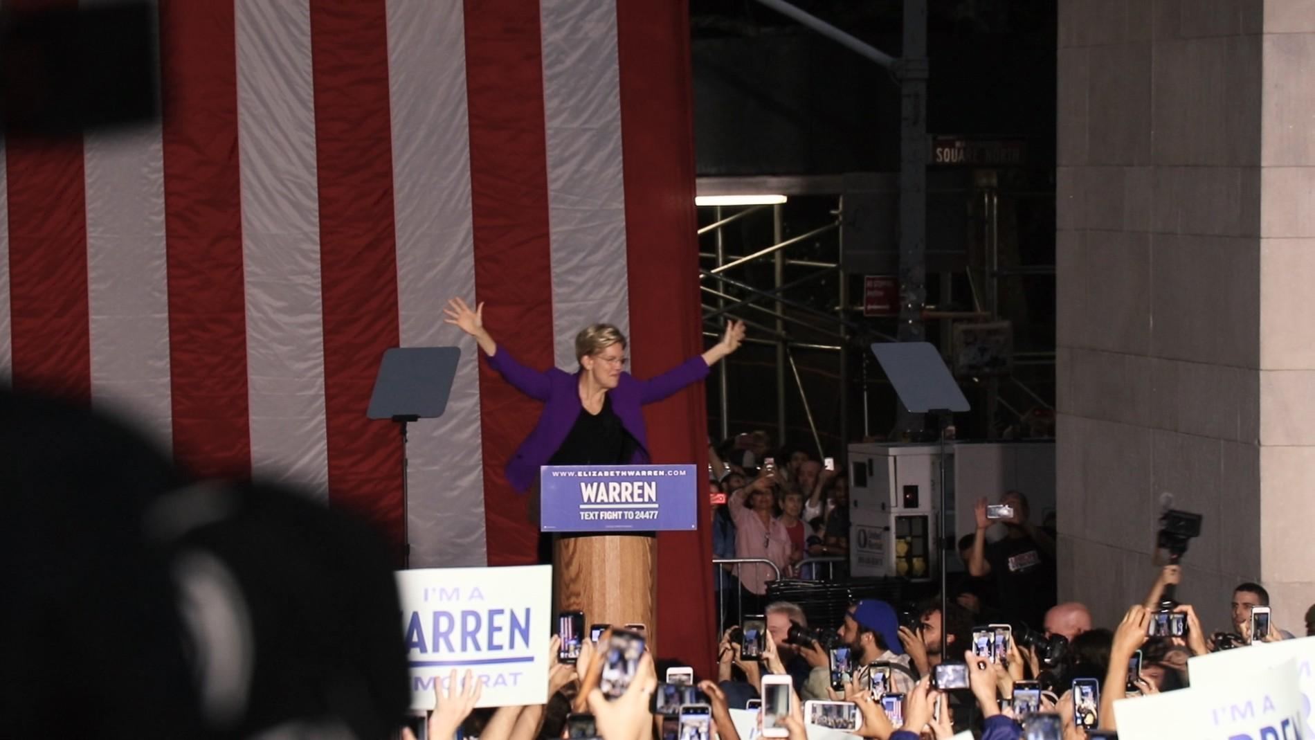 Elizabeth Warren in New York: Ein Champion für die Arbeiterklasse
