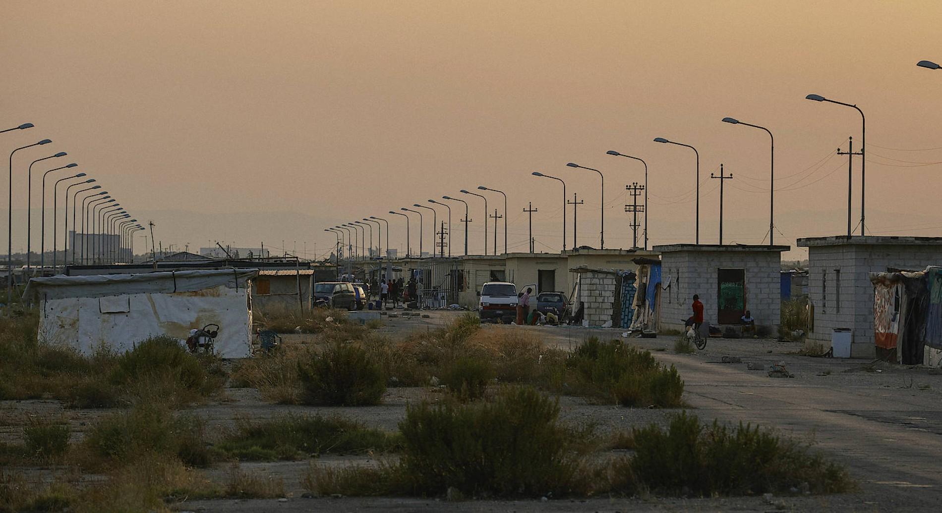 Siemens Kühlschrank Pfeifendes Geräusch : Wie flüchtlinge in italiens größtem slum leben