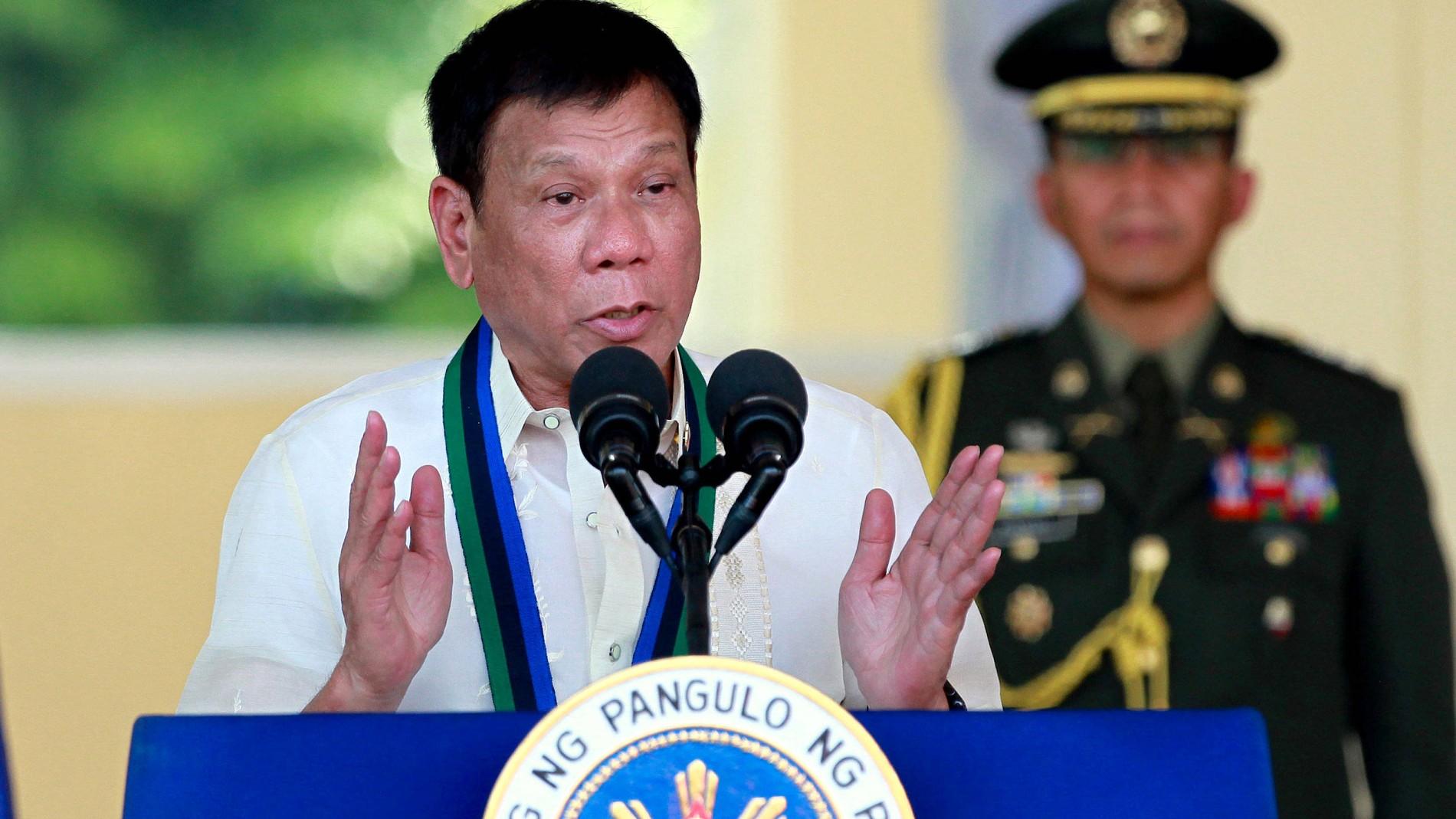 Hunderte Sterben In Dutertes Krieg Gegen Drogen