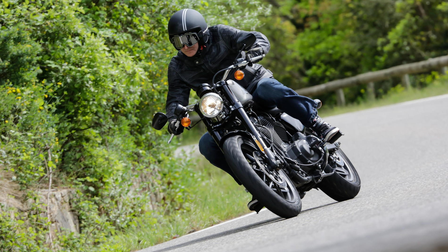 F.A.Z.-Fahrbericht: Harley-Davidson Roadster - Technik & Motor - FAZ